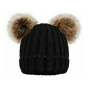 Fleece lined double pom pom hat